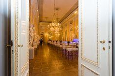 Russische Avantgarde in der Albertina in Wien – mit Mietmöbel FÖHR Albertina, Rooms, Quartos