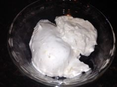 homemade vanilla ice cream (coconut milk)