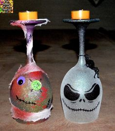 The Keeper of the Cheerios: Nightmare Before Christmas and Zombie Wine Glass Candle Holders Halloween Wine Glasses, Diy Wine Glasses, Decorated Wine Glasses, Painted Wine Glasses, 3d Glasses, Wine Glass Crafts, Wine Bottle Crafts, Bottle Art, Glass Bottle