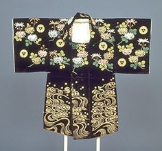 Hifu (Haori Coat) with Triple-Chrysanthemums and Crests in Embroidery on Black Velvet Ground. Edo period, likely 18th century, Japan. Kyoto National Museum