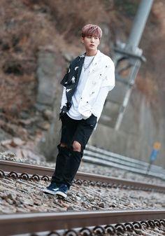 Young K [영케이] | Kang Younghyun [강영현] / Brian Kang