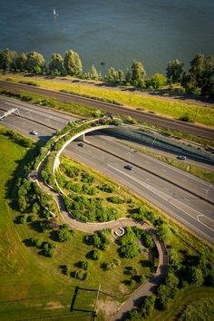 Vancouver Land Bridge (Pedestrian) | Jones & Jones Architecture | Vancouver, USA