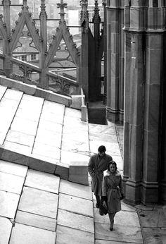 Alain Delon e Annie Girardot in una scena di Rocco e i suoi fratelli (1960), di Luchino Visconti.