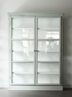 Glass Cabinets by Lindebjerg Design.
