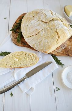I love the smell of freshly baked bread. They should make that into a candle (surely someone has...