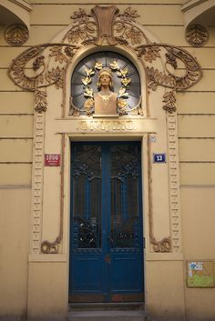 Art Nouveau doorway |  Gorazdova, Nové Mĕsto. Prague / Czechia
