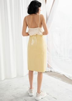 Leather Midi Pencil Skirt - Yellow - Leather skirts - & Other Stories Yellow Leather Skirt, Real Leather Skirt, Leather Midi Skirt, Silk Slip, Fashion Story, Mulberry Silk, Second Hand, Tank Tops, Model