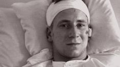 Sir Bobby Charlton says he was just lucky to survive the Munich air crash of 1958 in which 23 people died, including eight of his Manchester United team-mates. But he says the disaster changed his life. Munich Air Disaster, Manchester United Team, Bobby Charlton, Sport Inspiration, Change My Life, The Unit, Football, Sports, People