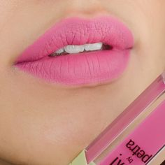 Pixi by Petra MatteLast Liquid Lip in Peony Pink lip swatch and review. Pixi Beauty Peony Pink. Liquid lipstick lip swatch Hot Pink Lipsticks, Natural Blush, Bare Beauty, Make Makeup, Makeup Swatches, Makeup Trends, Liquid Lipstick, Lip Colors, Pixie