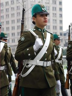 Police Uniforms, Girls Uniforms, Military Women, Military Police, Police Outfit, Idf Women, Naval, Female Soldier, Armed Forces