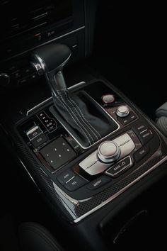 vistale:  Audi S7Gear Control | via