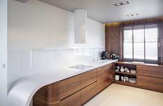 Blat kuchenny – granit, marmur czy drewno?