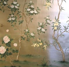 Wallpaper from Gracie Studio. More chinoiserie on the Luscious website: http://mylusciouslife.com/style-chinoiserie-furniture-wallpaper-fabric-accessories/