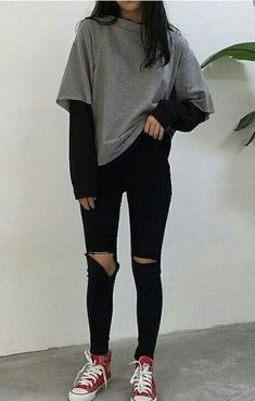 #wattpad #accin Leela te puede gustar :v Adrette Outfits, Cute Outfits For School, Indie Outfits, Teen Fashion Outfits, Retro Outfits, Cute Casual Outfits, Summer Outfits, Casual Chic, Grunge Outfits