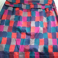 """Marc By Marc Jacobs pencil skirt multi-color check Mod checked straight pencil skirt in a bold multi-color pallet in a size 8. Made in 100% cotton with side zip. It has a knotted detail on the back waist and a double layered hem. Really cute. Measures: waist 32"""", hips 42"""", length 21"""". In EUC Marc by Marc Jacobs Skirts Pencil"""