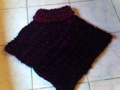 un super poncho.. tout doux .. tout chaud... qui se tricote vite et à la portée des débutantes: il se tricote avec des aig 8.. donc ça va très vite, et avec ces laines: ( clic sur la photo pour accéder à la boutique) pour la rouge, il s'agissait d'une... Addi Express, Winter Sports, Textiles, Knitting, Boutique, Blog, Women, Gilets, Recherche Google