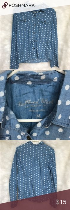 Women's Pac Sun Polka Dot Denim Shirt Women's Polka Dot Pac Sun Denim Shirt. Shirt is a size medium. Has been worn a few times. There is a very small pull in one of the seams (pictured) but otherwise in excellent condition! Open to offers! 🌸 PacSun Tops Button Down Shirts