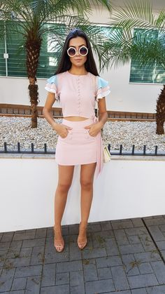#Moda #Looks #Ootd Two Piece Outfit, Two Piece Skirt Set, Daily Fashion, Fashion Beauty, Summer Outfits, Cute Outfits, Holy Chic, Power Girl, Sleeve Designs