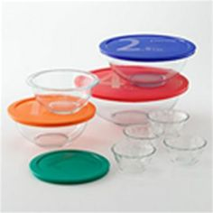 Pyrex at Kohl's - Shop our entire selection of food storage containers, including this Pyrex Cooking Solved glass mixing bowl set, at Kohl's. Pyrex Cookware, Cookware Set, Glass Food Storage, Food Storage Containers, Kitchen Colors, Kitchen Stuff, Kitchen Ideas, Pyrex Bowls, Small Appliances