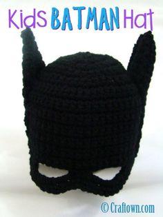 Crochet Projects Kids Batman Hat Free Crochet Pattern - These Batman Crochet Projects include Batman Crochet Blanket, Batman Crochet Hat, Batman Crochet Logo, Batman Crochet Cape to name a few. Crochet Gratis, Crochet Amigurumi, Crochet Beanie, Crochet Toys, Free Crochet, Knit Crochet, Learn Crochet, Crochet Mask, Crochet Buttons