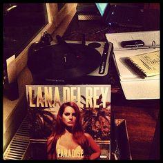 Lana Del Rey - Paradise (2012)