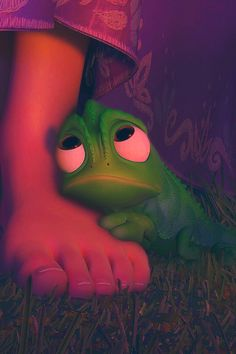 Pascal is so cute! Rapunzel: A Tangled Tale (2010) #waltdisney