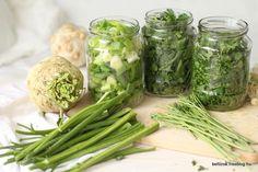 Petrezselyemzöld és társai télire Diabetic Recipes, Low Carb Recipes, Diet Recipes, Healthy Recipes, Canning Pickles, No Bake Cake, Fall Recipes, Preserves, Pesto
