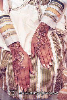 Wedding photography. Somalian wedding photography. Wedding mendhi. Mendhi. Hands. Somalian wedding photography. Photography by www.utterlyoriginal.co.uk