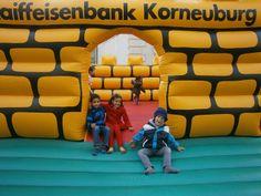 Raiffeisenbank Korneuburg, einer der Sponsoren des Stadtfestes in Korneuburg. www.stadtfest-korneuburg.at