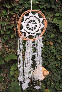 atrapasueños mandala al crochet blanco. pieza unica.