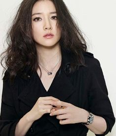 Additional Spreads Of Lee Young Ae & Lee Jung Shin In Elle Korea's November Issue Korean Beauty, Asian Beauty, Lee Young, Korean Make Up, Korea Fashion, Face Hair, Korean Actresses, Drama Korea, Hair Makeup