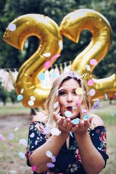 29 Ideas Birthday Photoshoot Ideas For 2019 Teen Girl Birthday, 27th Birthday, 30th Birthday Parties, Birthday Celebration, Tumblr Birthday, Sweet 16 Pictures, Cute Birthday Pictures, 21st Bday Ideas, Balloon Pictures