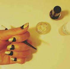 Nail art: black nail polish+gold nail foil+top coat