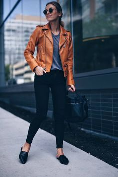 transitioning to fall, what to wear this fall 2016, women's fashion, online shopping, what bloggers are buying this fall, leather jacket, leather slides