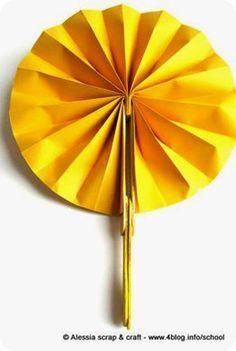 Lavoretti: il ventaglio con gli stecchini del gelato. Origami paper fan with popsicles sticks
