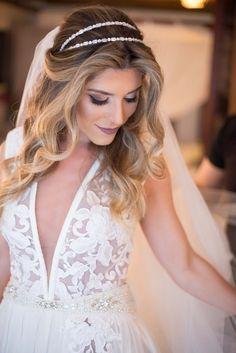 Noiva | Casamento | Vestido | Tiara | Dress | Bride | White | Make | Cabelo | Hair