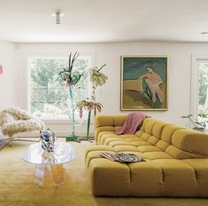 Home Interior Design Home Living Room, Living Spaces, Living Room Yellow, Mustard Living Rooms, Bright Living Room Decor, Yellow Couch, Yellow Rug, Cheap Home Decor, Home Interior Design