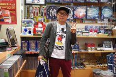 【大阪店】2014.11.12 ヤンキースのパーカーをゲットしていただきました!次はレッドソックスの靴下パーカー探しに来て下さいね^^日米野球楽しんで下さいね~~~っ!