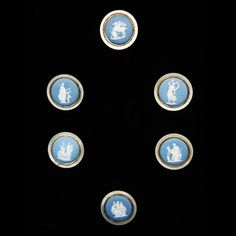 A Set of Men's Shirt Wedgwood Button's 1700's