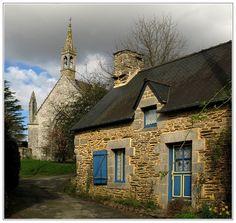 Hameau de Saint-Nicolas-des-Eaux à Pluméliau, Morbihan (France) – Crédit Photo : Jan Gildas