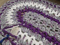 alfombra ovalada en trapillo