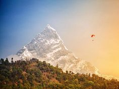 Nepal was hit by a series of devastating earthquakes last year, and while much of the country is still in recovery mode, there's still plenty of stunning scenery just waiting to be explored by daring tourists... #Nepal #travel