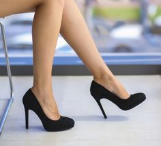 Pantofi Evu Negri Stilettos, High Heels, Pumps, Classy Heels, Sexy Feet, Slide Sandals, Banquet, Really Cool Stuff, Wedges