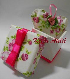 Caixa em Mdf com tampa revestida com tecido floral e sachê coração, essência e cores à critério do cliente. R$ 9,80