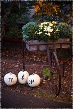 autumn decorations | Decorations: Fall Wedding Decorating