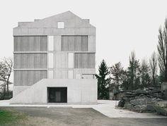 Brandhaus II Ausbildungszentrum Rohwiesen, Zürich-Opfikon, 2011 Staufer & Hasler Architekten AG