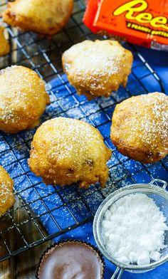 Air Fryer Oven Recipes, Air Fryer Dinner Recipes, Air Fryer Recipes Easy, Deep Fried Desserts, Deep Fried Foods, Deep Fried Oreos, Air Frier Recipes, State Fair Food, Carnival Food