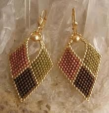 Brick Stitch Earrings simple but stylish Seed Bead Jewelry, Bead Jewellery, Seed Bead Earrings, Leaf Earrings, Beaded Earrings, Beaded Jewelry, Jewelery, Handmade Jewelry, Seed Beads