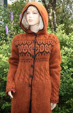 Handknitted sweater from pure Icelandic wool by LOPIA on Etsy