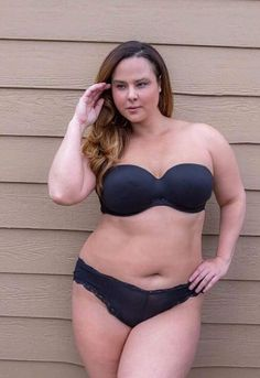 Vanessa Lunnon Plus Model